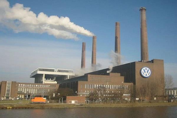 Volkswagen की एंट्री के बाद Electric Car की रेस अभी तो शुरू ही हुई है