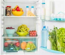 किसी जहर से कम नहीं हैं फ्रिज में पड़ी ये 8 चीजें, आज ही...