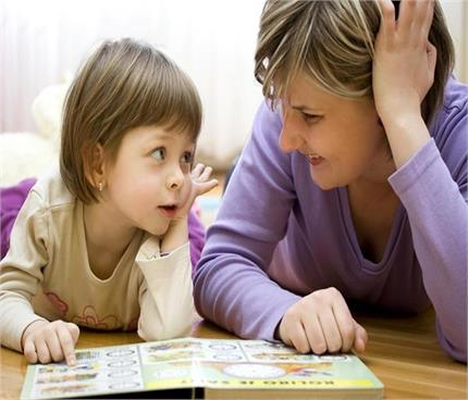 बच्चे की परवरिश में शामिल करें ये 5 नियम