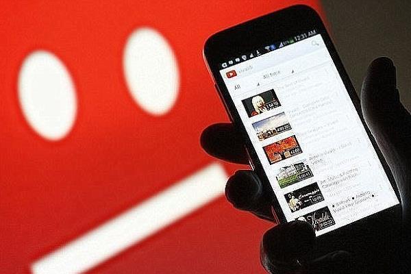 YouTube पर लगा आरोप, बड़े स्टार्स को दे रही कम्पनी कॉन्टेंट पॉलिसी में छूट