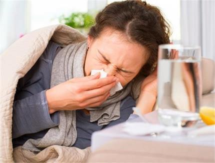 Health Tips: दवा नहीं, सर्दी-खांसी को मिनटों में दूर भगाएंगे देसी...