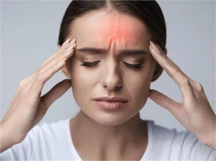 बार-बार हो रहे सिरदर्द पीछे हो सकते हैं ये 6 कारण, यू रखें बचाव