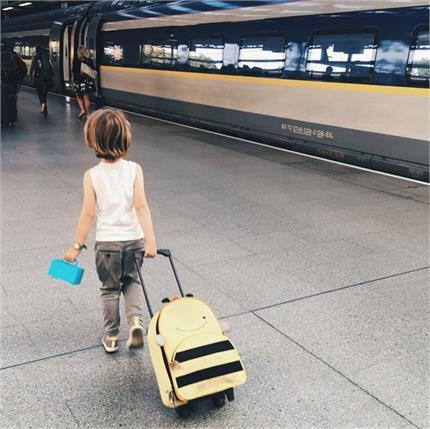 World Tourism Day: बच्चों के साथ ट्रेन में सफर करते हुए इन बातों का...