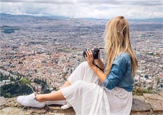 Travel Time: अकेली घूमना चाहती हैं तो...