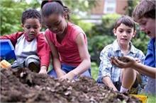 बच्चों को सोशली एक्टिव करने में मदद करेंगे ये टिप्स