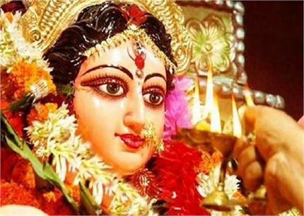 Shardiya Navratri: नवरात्रि में जरूर करें ये काम बनी रहेगी सुख-...