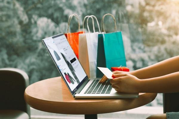 इस साल की फेस्टिवल सेल होगी बहुत अलग, ऑनलाइन शॉपिंग करते वक्त बरतें ये सावधानियां