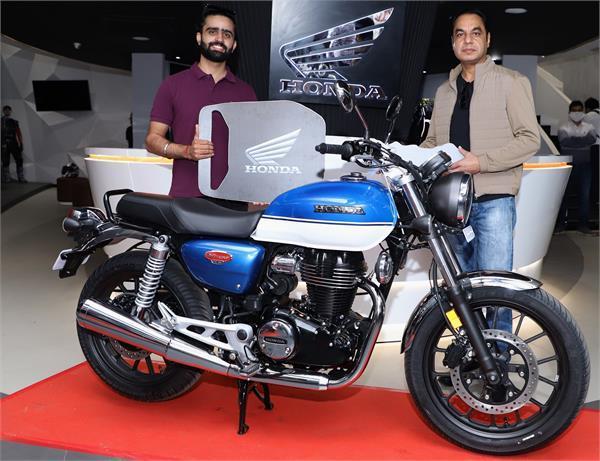 Honda H'Ness CB 350 की भारत में शुरू हुई डिलीवरी, रॉयल एनफील्ड क्लासिक से है सीधा मुकाबला