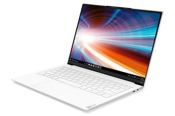 Lenovo ने पेश किया Yoga Slim 7i कार्बन लैपटॉप, 15 घंटों के बैटरी बैकअप का किया दावा