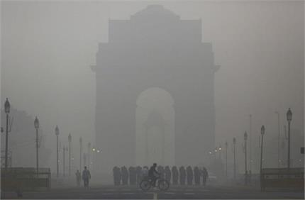दिवाली पर जमकर हुई आतिशबाजी ने बिगाड़ा प्रदूषण, कई इलाकों में छाई...