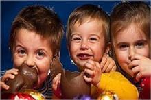 बच्चों को किस उम्र में खिलाएं चॉकलेट? जानिए इसके...