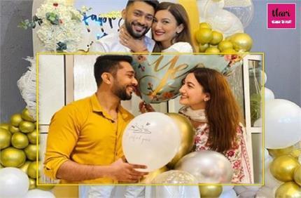 बॉयफ्रेंड जैद दरबार संग गौहर खान ने की सगाई, सोशल मीडिया पर शेयर की...
