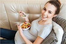 प्रेगनेंसी में खाएं ये चीजें, तेजी से होगा बच्चे के दिमाग...