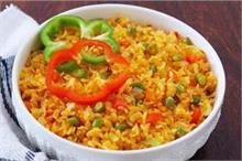महाराष्ट्र जायका: 3 तरह से बना कर खाएं पोहा