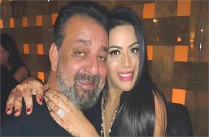 संजय दत्त के ड्रग एडिक्शन पर पहली बार बोली बेटी त्रिशाला, शेयर किया...