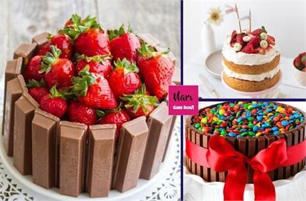 सिंपल नहीं, इस बात अलग तरीके से डेकोरेट करें Christmas Cake