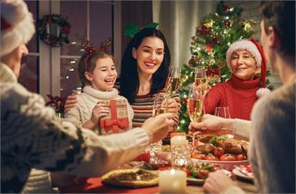 क्रिसमस में इन ट्रिक्स से बनाएं मीठे से दूरी, यूं करें बॉडी डिटॉक्स