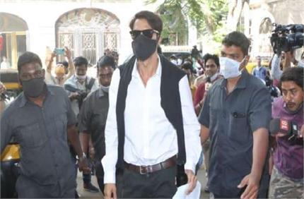 Drug Case: नहीं कम हो रही अर्जुन रामपाल की मुसीबतें, NCB ने फिर भेजा...