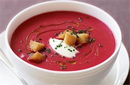 ठंड में लें गर्मा-गर्म चुकंदर सूप का मजा