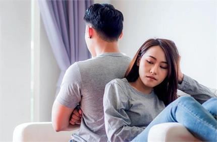 बीवी की कामयाबी से पुरुषों को क्यों होती है जलन?