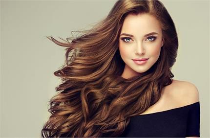 बालों की ग्रोथ तेजी से बढ़ाएंगे ये 7 सूपर फूड्स, आज से ही करें डाइट...