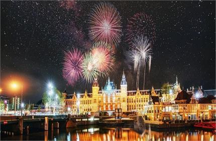 इन 6 जगहों पर अनोखी परंपराओं से किया जाता है नए साल का Welcome