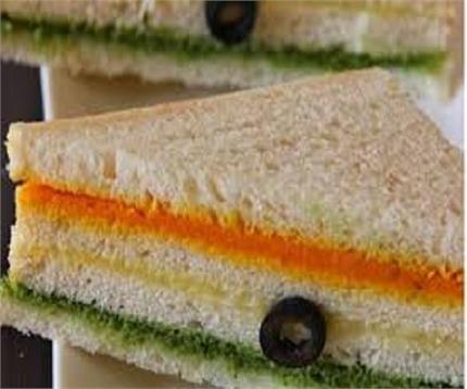 26 जनवरी के मौके पर बनाएंतिरंगा सैंडविच