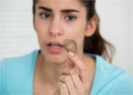 Health Alert! हद से ज्यादा झड़ते बालों का कारण हो सकती हैं...