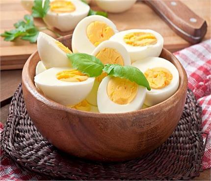 पूरा अंडा या सफेद भाग, जानिए किससे मिलेगा ज्यादा फायदा?