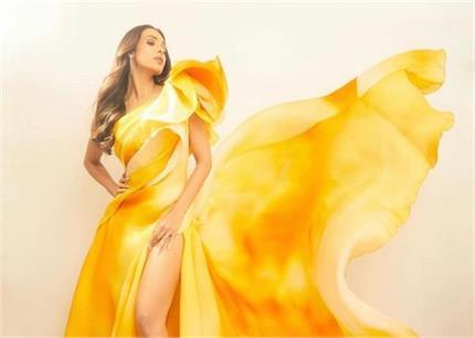 Miss Diva 2020: येलो ड्रेस में खिली-खिली दिखी मलाइका