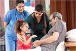 बुजुर्ग माता-पिता के लिए Health Insurance लेना जरूरी