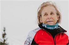 अपहिल स्की रेसिंग की सबसे उम्रदराज खिलाड़ी बनीं शेरन...
