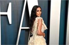 Fashion Icon: ऑस्कर पार्टी में किम का दिखा दिलकश अंदाज