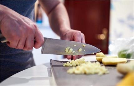 बचे खाने को ना करें बर्बाद, उसी से बनाएं एक और टेस्टी डिश