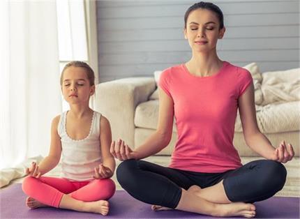 मोटापा छू भी नहीं पाएगा, बच्चों में डालें मेडिटेशन की आदत