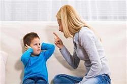 Parents Alert! बिगड़ते बच्चे की तरफ इशारा करते हैं ये 5 संकेत