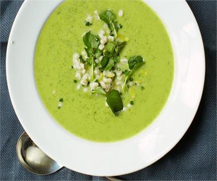 पोषक तत्वों से भरा पालक का 1 बाउल सूप, जानिए रेसिपी