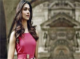इंडियन गर्लस के खूबसूरत बालों का राज है ये देसी नुस्खे