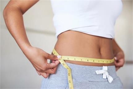 Weight Loss: 36 से 26 हो जाएगी कमर, 14 दिन तक पीएं यह पानी