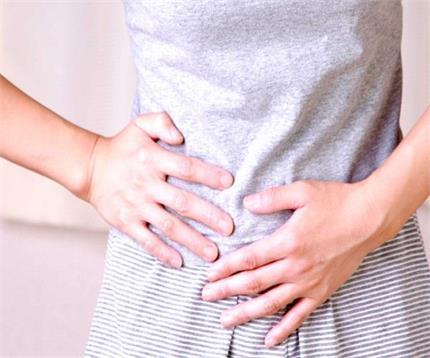 क्यों होता है कोलोरेक्टल कैंसर? जानिए क्या बीमारी के लक्षण