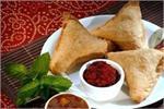 Navratri Fast: सिंघाड़े के आटे से बनाकर खाएं समोसे