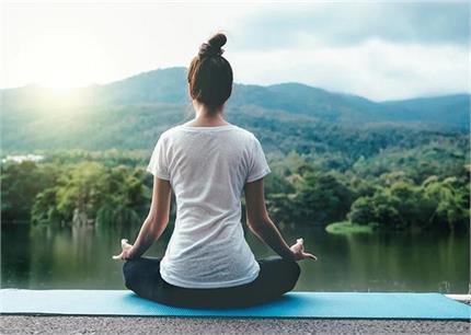 दिल को रखना चाहते हैं स्वस्थ तो रोज करें ये योगासन