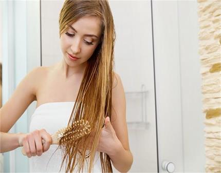 स्ट्रांग एंड शाइनी हेयर: बालों के हिसाब से चुनें सही कंडीशनर