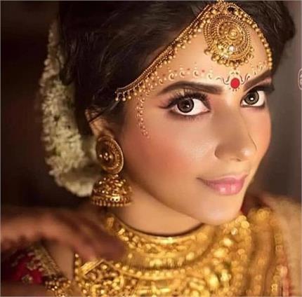 इन बंगाली ब्राइड्स का नूर देख आप भी हो जाएंगे कायल!