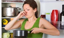 छोटे-छोटे टिप्स दूर करेंगे किचन की Fishy Smell