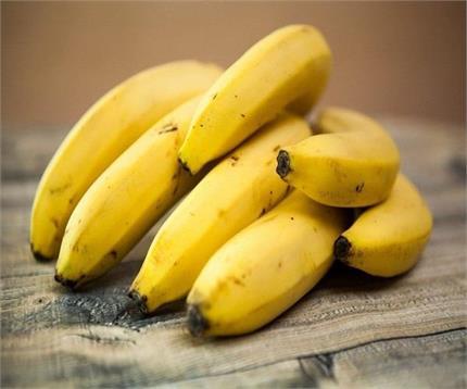 बॉडी में TNF की कमी नहीं होने देता केला, जानिए इस फल के और लाभ