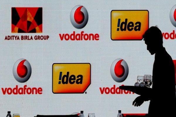 वोडाफोन आईडिया ने मिलाया पेटीएम से हाथ, अब रिचार्ज पर कर सकेंगे 5,000 रुपये तक की कमाई