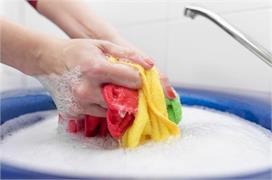 एक्सपर्ट राय: बाहर से आने के बाद क्या हर बार धोने चाहिए...