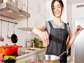 Coronavirus: भोजन पकाते वक्त इन बातों का रखें खास ख्याल