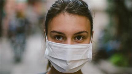 मास्क पर हफ्तों जिंदा रह सकता है कोरोना वायरस, कैसे रखें बचाव?